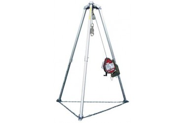 MILLER CONFINED SPACE EQUIPMENT MightEvac Unit & 7ft (2M) Tripod