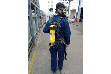 RENT AERIS AIRLINE PLUS C/W HARNESS & MASK WITH BACK-UP 3LTR/200BAR STEEL CYLINDER